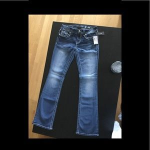 Brand new never worn miss me size 28 jeans